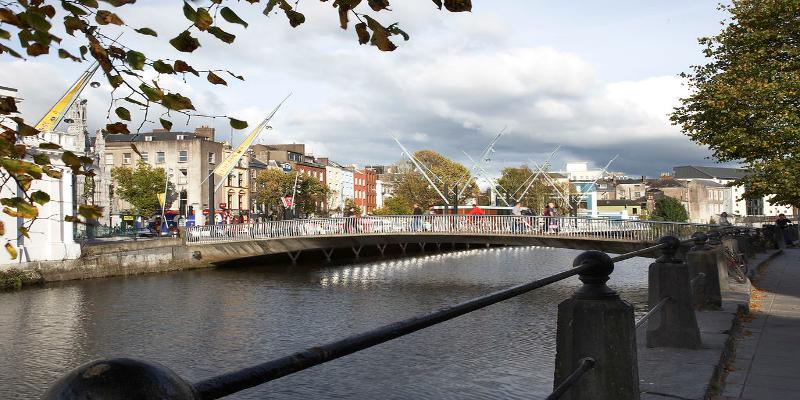Cork durante el día