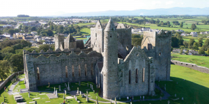 Tour en coche por el Rock of Cashel