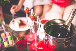 romantic-valentines-day-evening-with-love-picjumbo-com-2